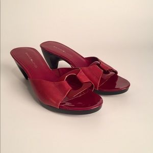 Bandalino Red Sandals EUC 7
